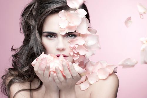 beautiful-girl-and-rose-petals